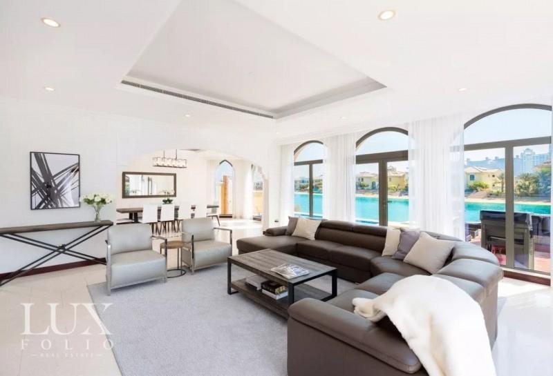 Frond C, Palm Jumeirah, Dubai image 3