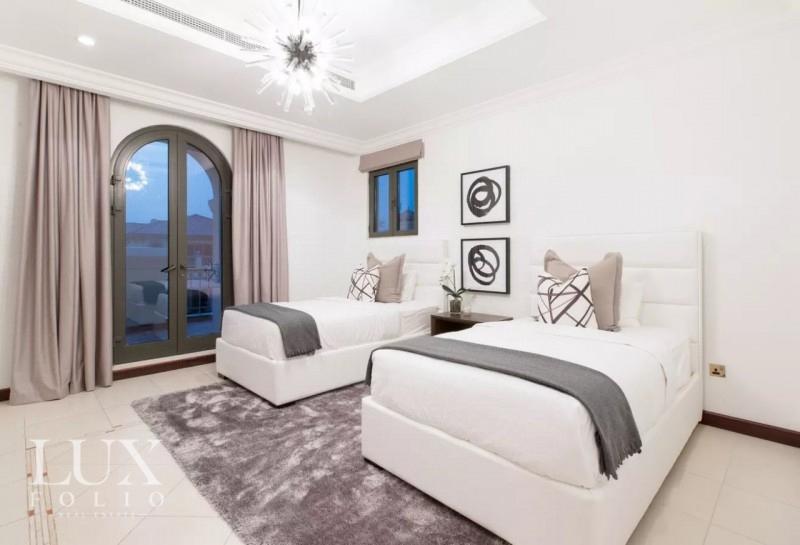 Frond C, Palm Jumeirah, Dubai image 4