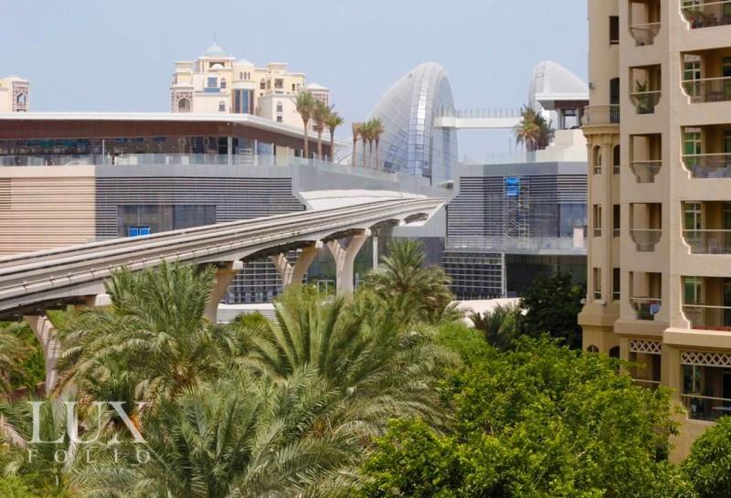 Al Anbara, Palm Jumeirah, Dubai image 1