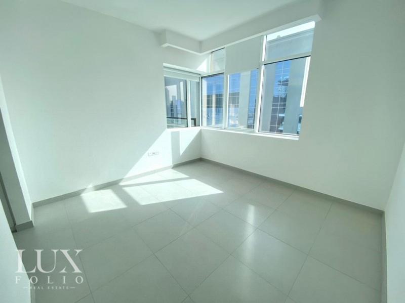 Vezul Residence, Business Bay, Dubai image 4