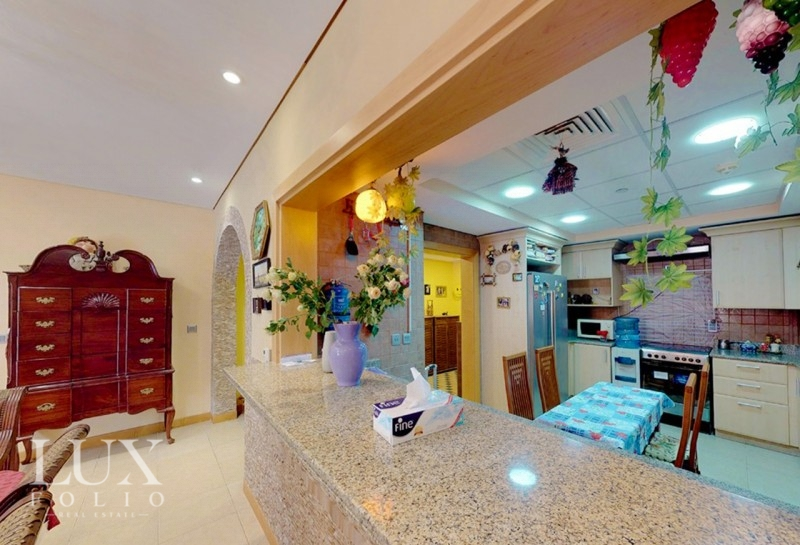 Al Anbara, Palm Jumeirah, Dubai image 8