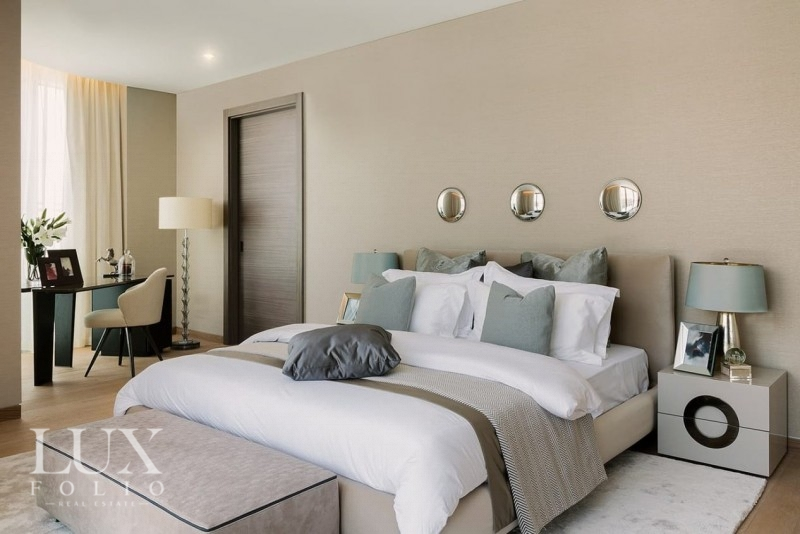 W Residences, Palm Jumeirah, Dubai image 6