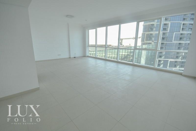Al Bateen Residences & Hotel Tower, JBR, Dubai image 2