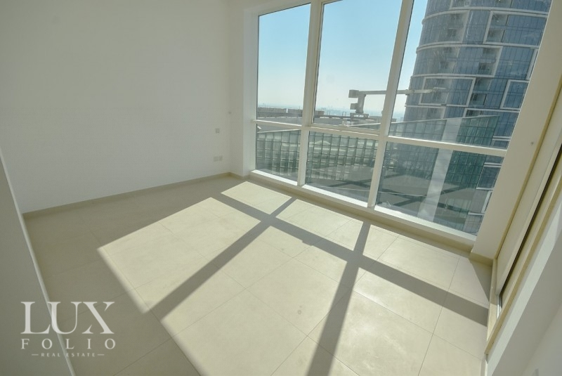 Al Bateen Residences & Hotel Tower, JBR, Dubai image 4