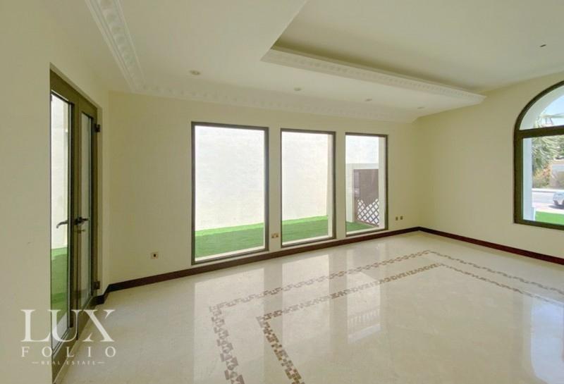 Frond D, Palm Jumeirah, Dubai image 6