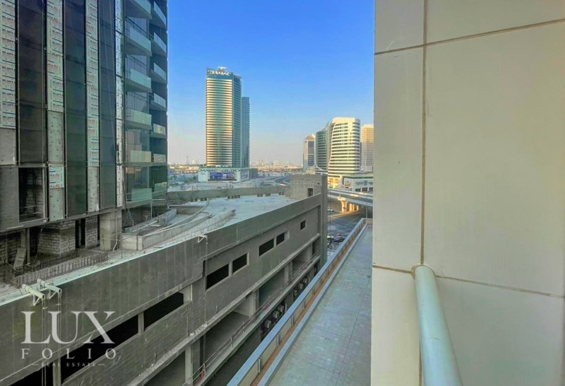Burj Al Nujoom, Downtown Dubai, Dubai image 14