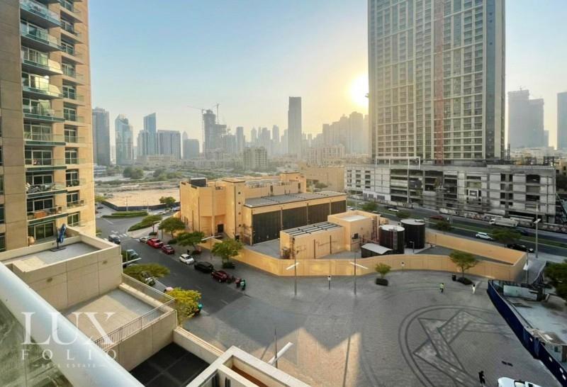 Burj Al Nujoom, Downtown Dubai, Dubai image 1
