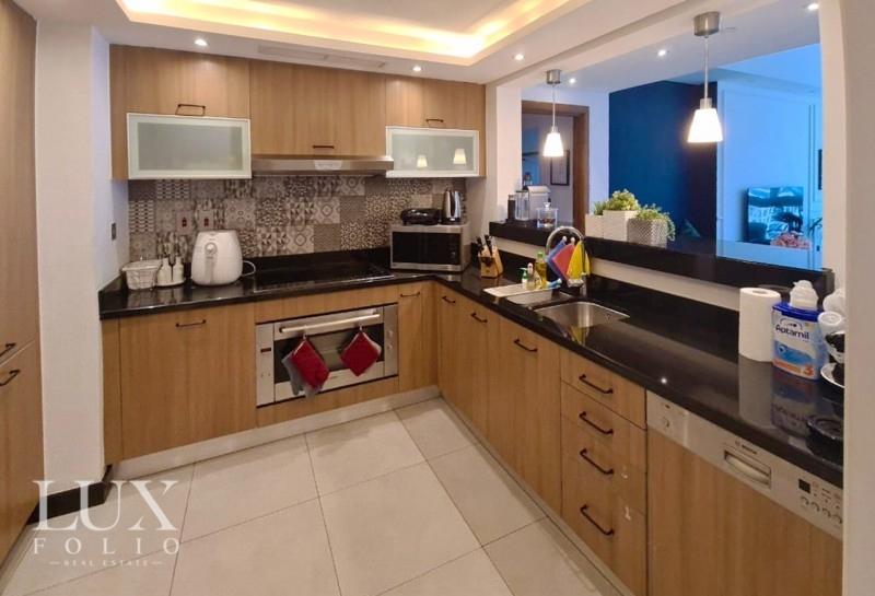 Marina Residence 3, Palm Jumeirah, Dubai image 4