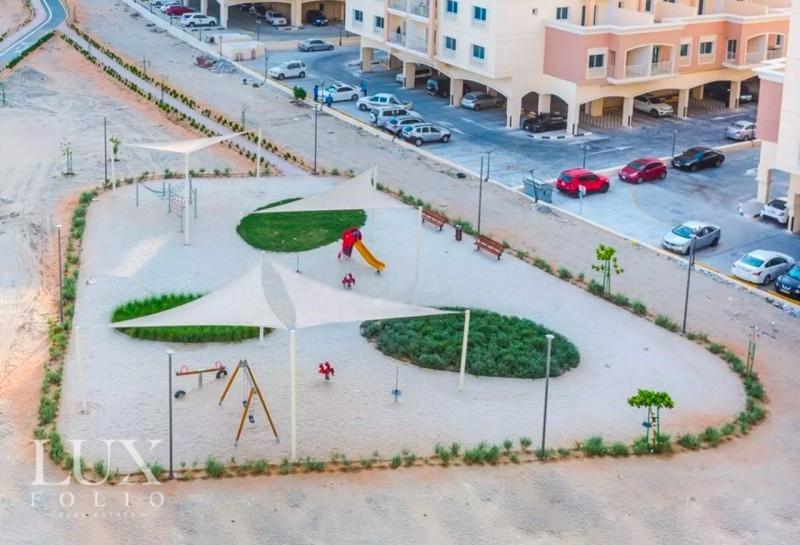 Queue Point, Liwan, Dubai image 9