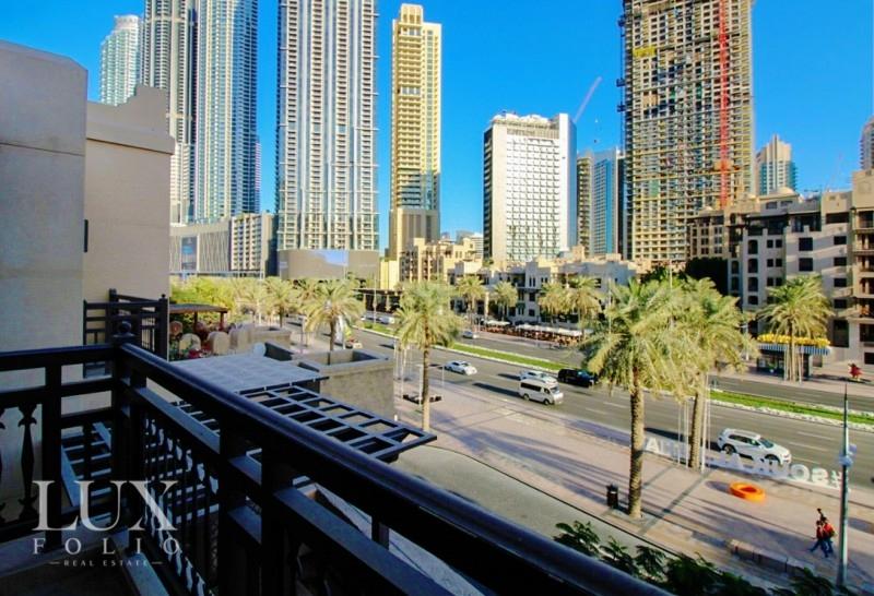 Al Tajer Residence, Old Town, Dubai image 7